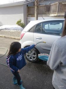 Helping mom too.